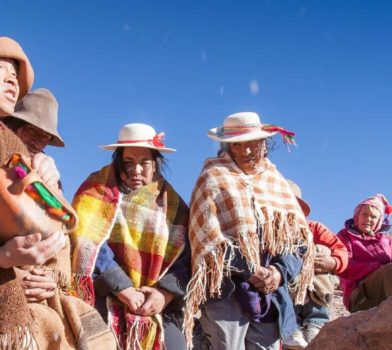 Andes-Cordillera-and-handicrafts-Pachamama