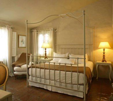 House-of-Jasmines-superior-room