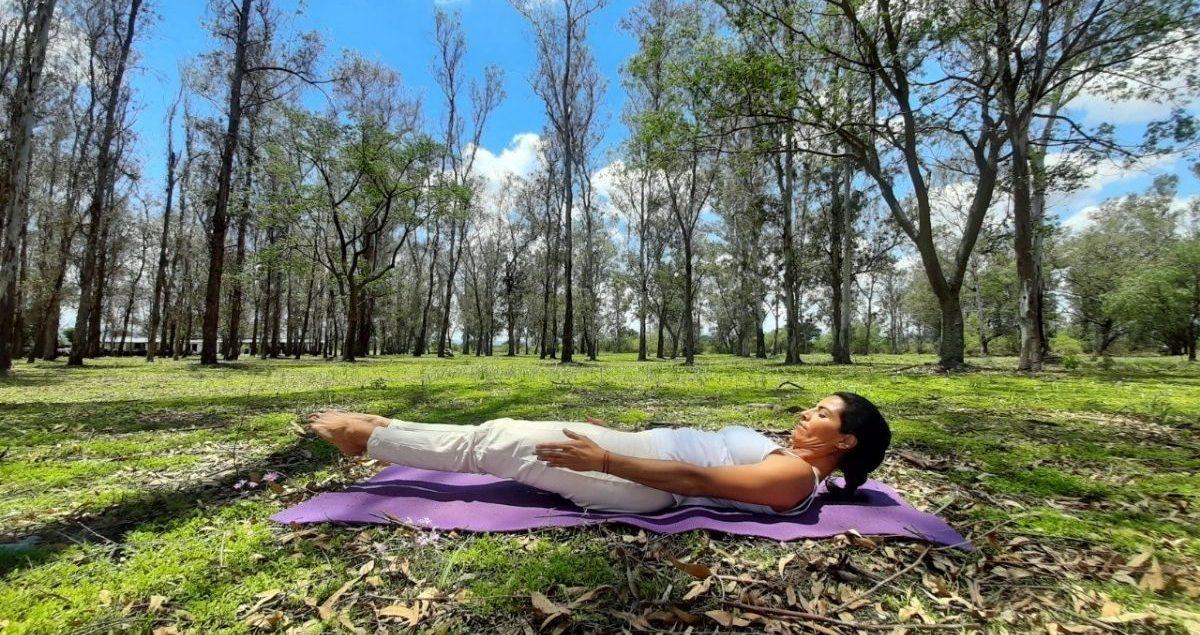 Yoga al aire libre House of Jasmines Web