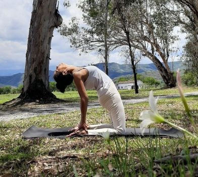 Yoga al aire libre House of Jasmines